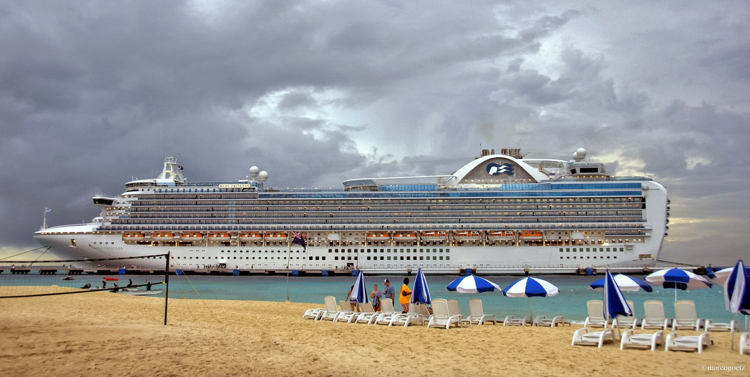 RUBY PRINCESS GRAND TURK